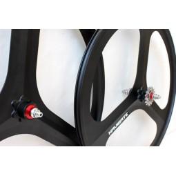 Juego ruedas Navigate negro Tris spoke