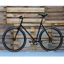 Bicicleta negra fixie