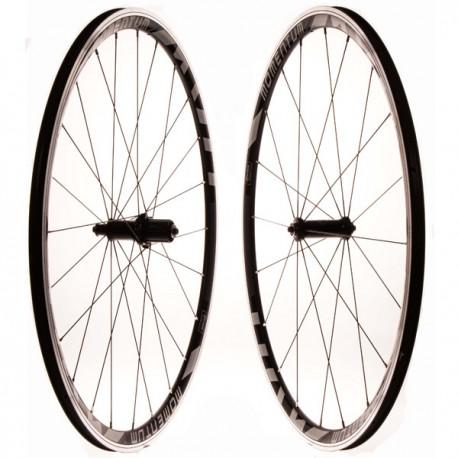 Juego ruedas carretera momentum 700 CNC